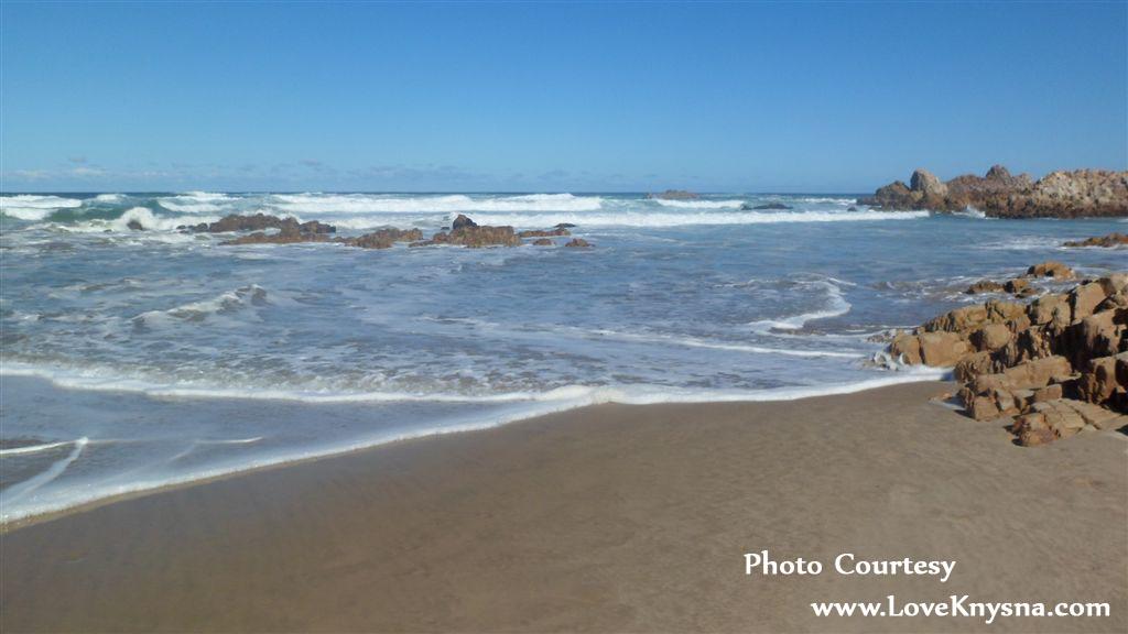 Noetzie-beach1b-photo-by-LoveKnysna.com_